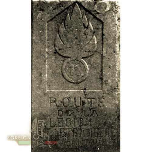 11th REI - 11 REI - 1940 - Legion Road - Milestone