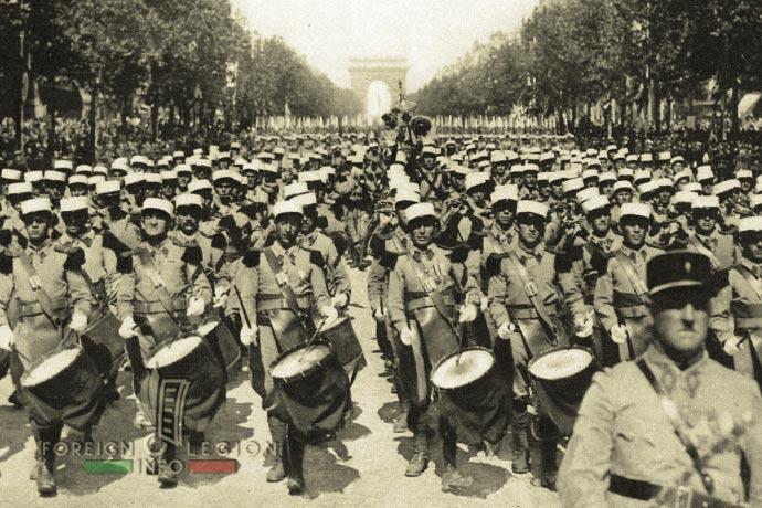 1st Foreign Infantry Regiment - Foreign Legion - Music Band - France - Paris - 1939