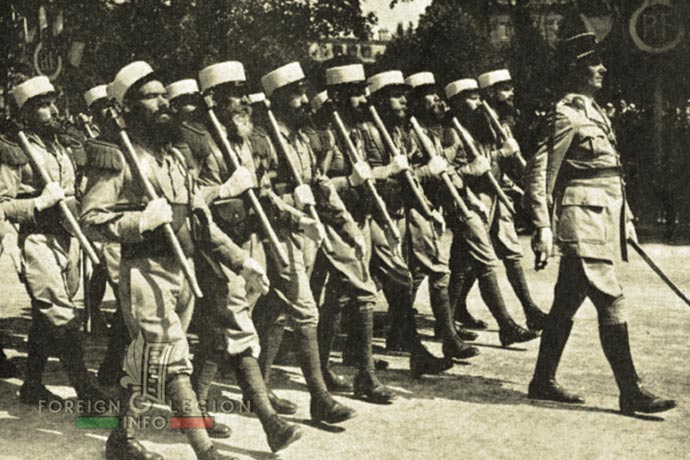 1st Foreign Infantry Regiment - Foreign Legion - Pioneers - France - Paris - 1939