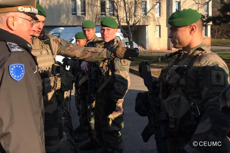 13e DBLE - 13 DBLE - Chairman EUMC to visit legionnaires - Paris - Operation Sentinelle