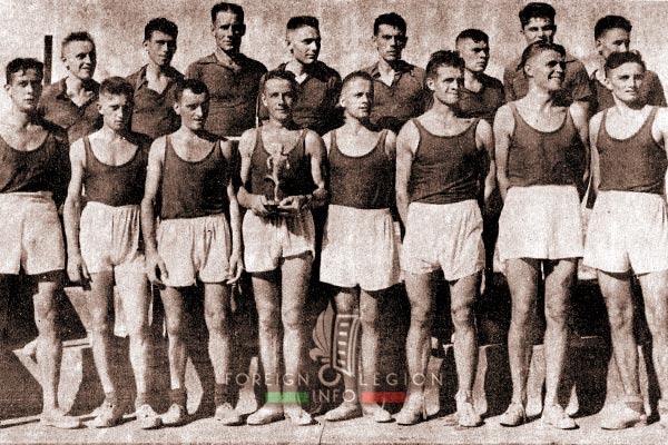 Cross-country team - 2e BEP - 2 BEP - Foreign Legion Etrangere - Vietnam - 1955