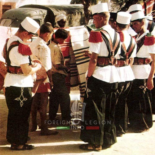 2e CSPL - 2 CSPL - Legionnaires - Saharan uniform - Camerone - Laghouat - Algeria - Foreign Legion Etrangere - 1959
