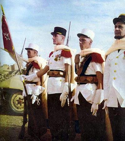 2e CSPL - Flag - Saharan parade uniforme - Capitaine Le Berre