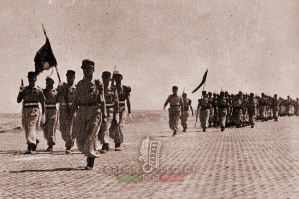 2e REC - 2 REC - Foreign Legion - Legion Etrangere - 1958 - Algeria - Negrine - Parade