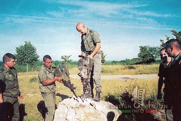 2e REG - 2 REG - Foreign Legion Etrangere - History - 1998 - 1st Platoon - 1ere Section - Caylus
