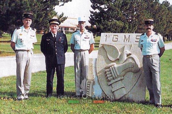 2e REG - 2 REG - Foreign Legion Etrangere - 1998 - Colonel Delcourt - GMS - Albion - Base Aerienne 200 - Sant Christol
