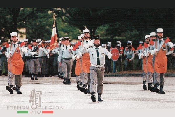 2e REG - 2 REG - Foreign Legion Etrangere - 1999 - Regimental flag - Drapeau - Pioneers - Pionniers