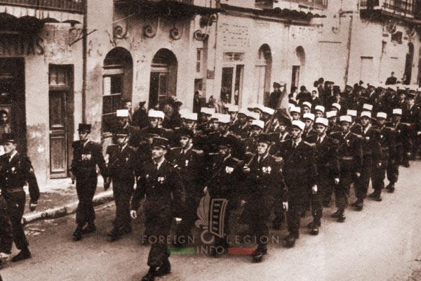 2e REP - 2 REP -  Foreign Legion Etrangere - Tebessa - parade - 1957