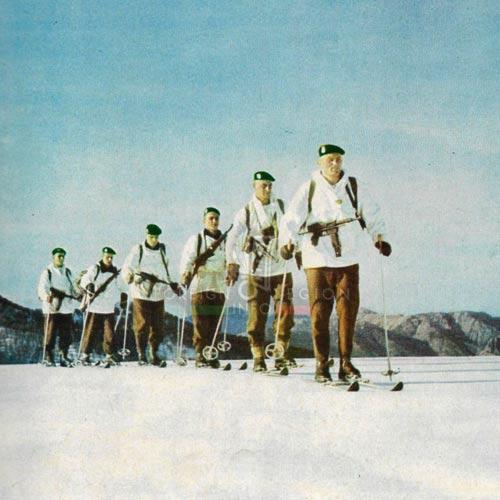 2e REP - 2 REP - Corsica - Skiing - 1965