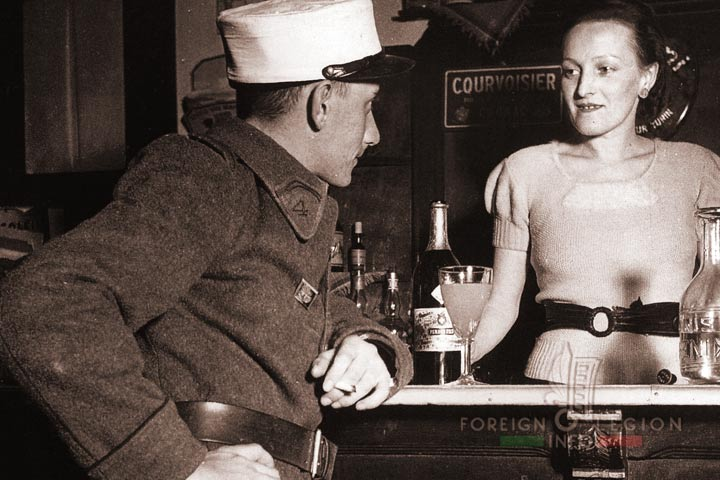 Legionnaire - 4e REI - 4 REI - 4th REI - 4th Foreign Infantry Regiment - Foreign Legion - Morocco - Bar - 1938