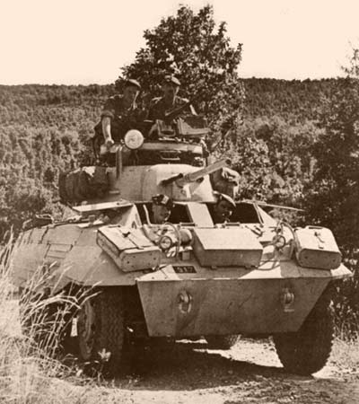 A motorized patrol of 4e REI in Algeria 1961
