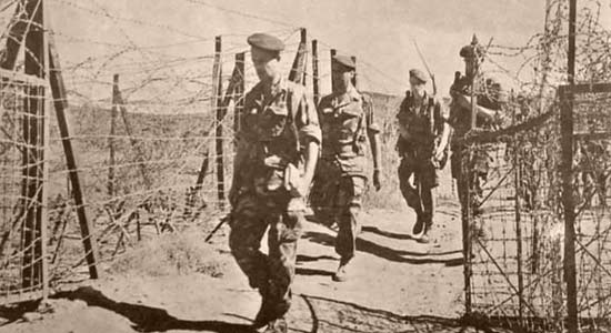 Legionnaires of 4e REI guarding the Algeria-Tunisia border 1961