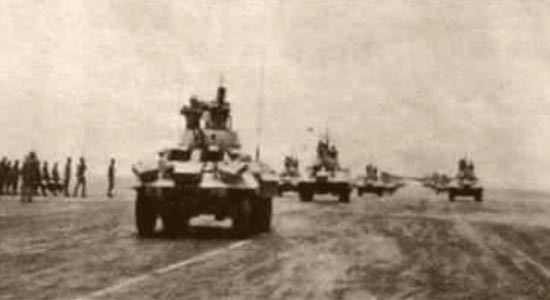 AMM8 of 4e REI parading at Ouargla - Camerone 1963