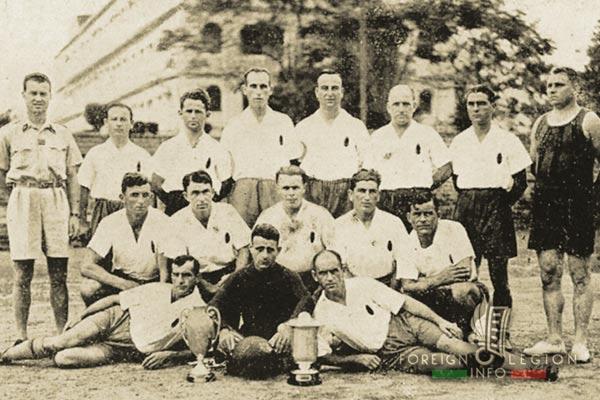 5e REI - 5 REI - 5th Foreign Infantry Regiment - 5th REI - Foreign Legion Etrangere - 1930s - Viet Tri - Soccer team - French Indochina