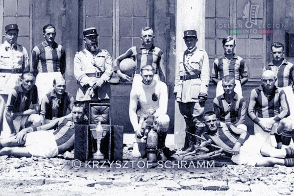 1er REI - 1 REI - Foreign Legion - 1934 - 4th Battalion - Soccer/Football team - Cdt Théraube