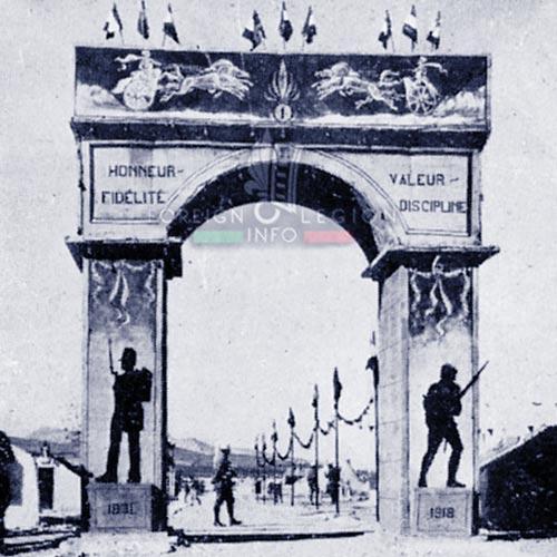 GLE - Foreign Legion - 1938 - Legionnaires - Levant - Nabek - Arc de Triomphe