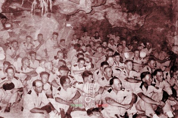 BLEM - Foreign Legion Madagascar Battalion - Foreign Legion Etrangere - 1957 - Madagascar - Cap Diego - Cave - Grotte