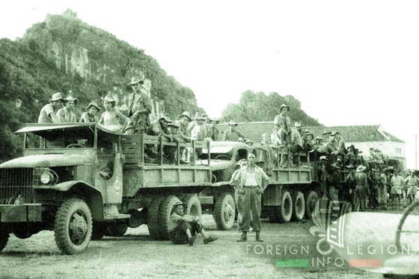 516e GT - 516 GT - Transportation Group - GMC CCKW cargo trucks - Indochina - 1950