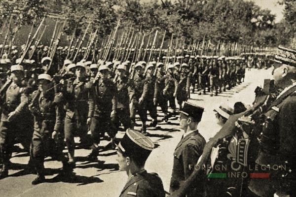 DCRE - Legion Etrangere - Algérie - Sidi-Bel-Abbès - Quartier Viénot - Défilé - 1946
