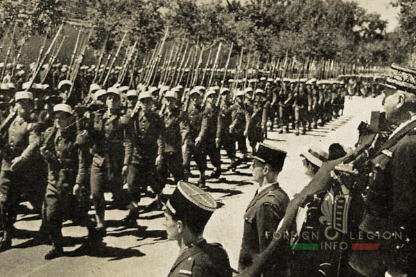 DCRE - Foreign Legion - Algeria - Sidi Bel Abbès - Parade - 1946