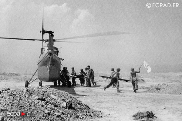 Dien Bien Phu - 1954 - Helicopter - Evacuation - First Indochina War
