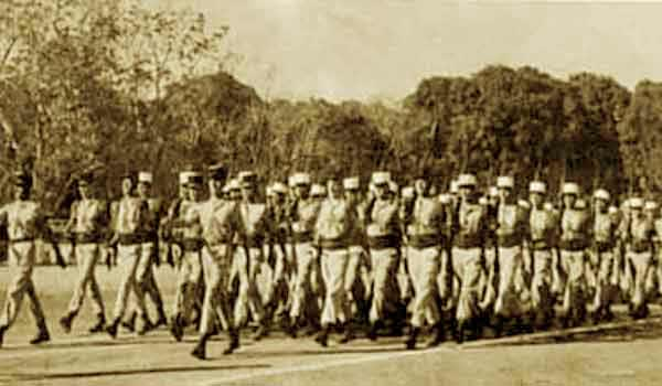 2nd Company, 3e REI parading in Madagascar in June 1967
