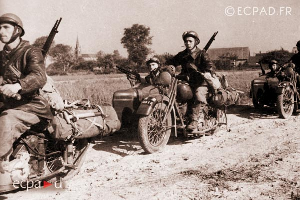 GRDI 97 - GRD 97 - Foreign Legion - 1940 - France - Motorcyclists