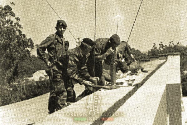 2 REP - Battle of Kolwezi - 1978 - Kolwezi - Legionnaires - Radio Post