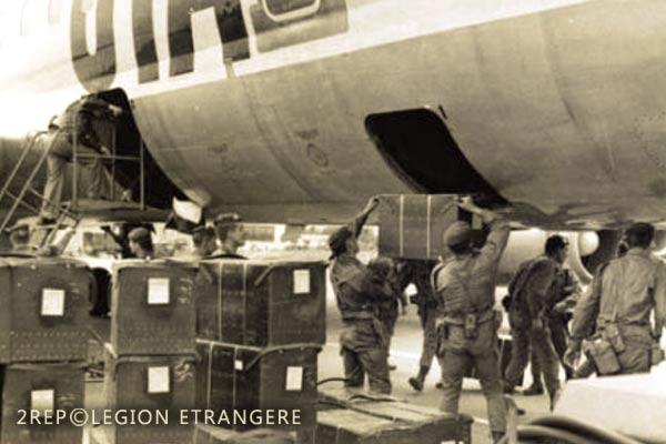 2 REP - Battle of Kolwezi - 1978 - Solenzara - Corsica - Loading