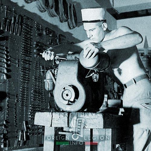 2e CMRLE - 2 CMRLE - Repair Company - atelier - 1953 - Indochina
