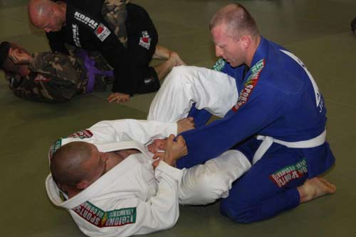 1er RE and 2e REG Brazilian jiu-jitsu training June 2013